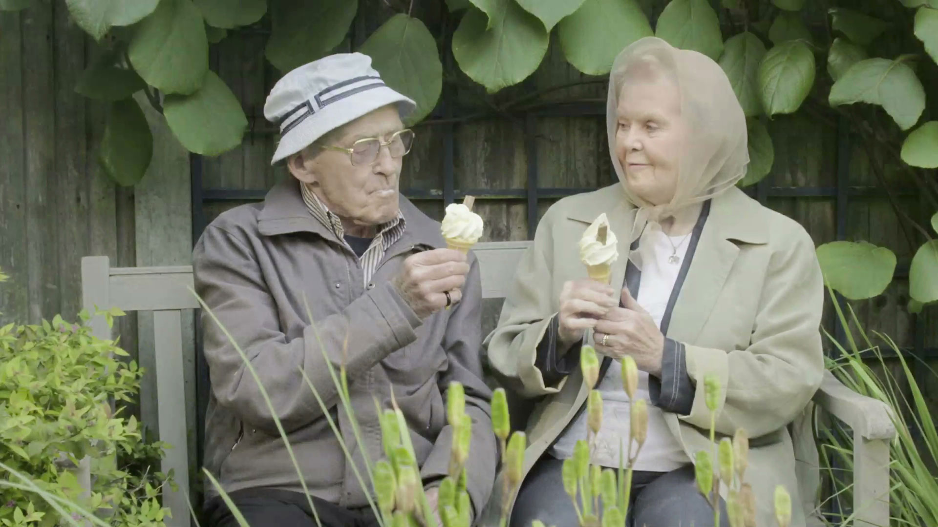 Old Couple eating ice cream Cancer Research UK Commercial