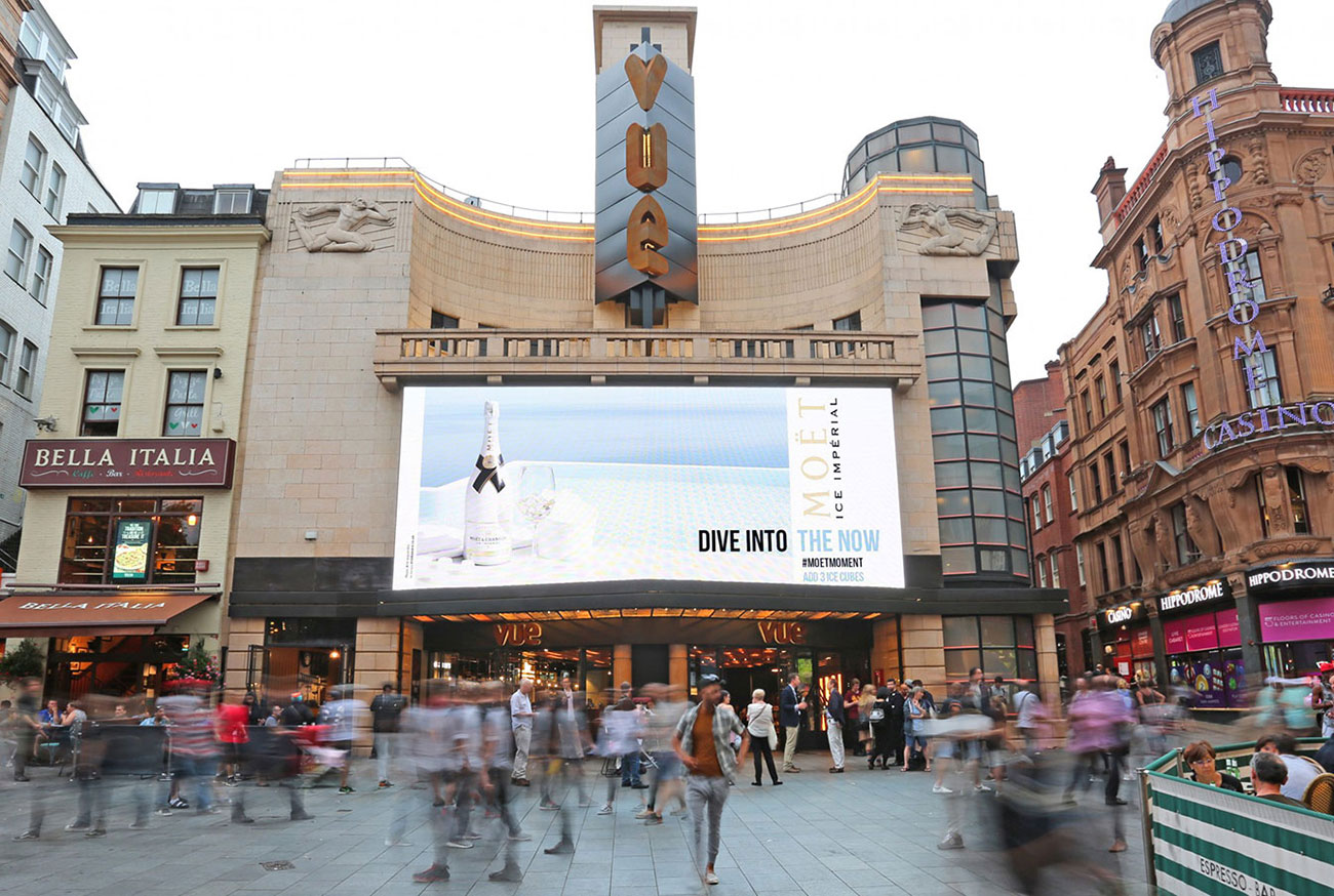Moet Ice weather-reactive digital OOH in Leicester Square - Photo wide shot