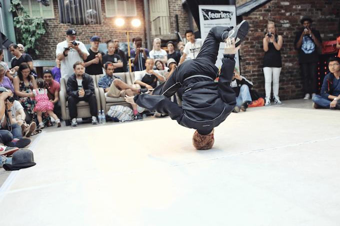 Humour-across-cultures breakdancing